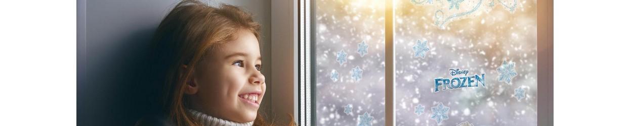 Adhesius Disney i Marvel per decoració de finestres infantils